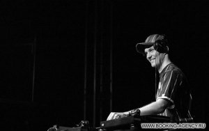 DJ Хобот, Hobot - заказ артиста