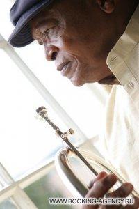Hugh Masekela - заказ артиста