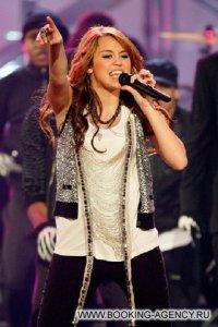 Miley Cyrus, Майли Сайрус - заказ артиста