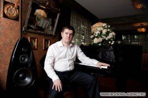 Михаил Валеев - заказ артиста